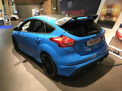 ford focus rs blue black edition autohaus asf. Black Bedroom Furniture Sets. Home Design Ideas